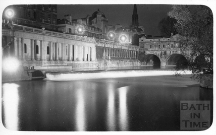 Pulteney Weir and Newmarket Row floodlit, c.1930s