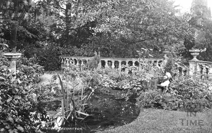 Gardens of The Old Rectory, Bathampton c.1910