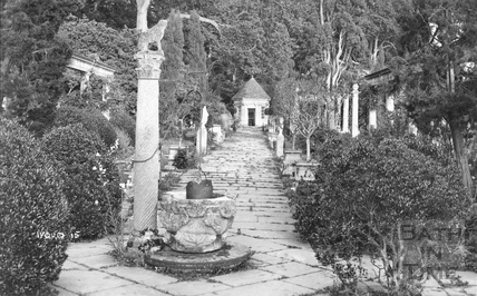 The Peto Gardens, Iford Manor no.15, c.1910