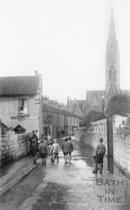 Ferry Lane, Dolemeads in flood and St. John's church, c.1907