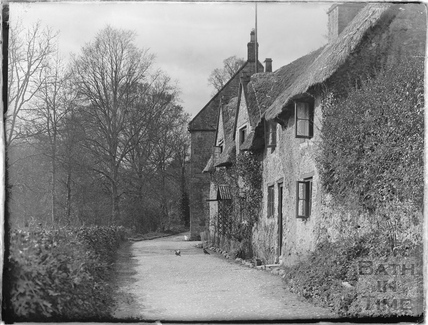 Thatched cottages in Nunney, 1926