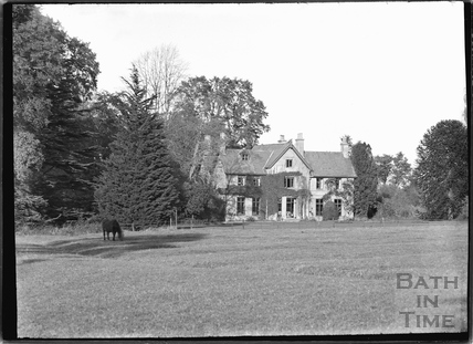 Unidentified House, thought to be Upper Minety, Gloucestershire c.1935