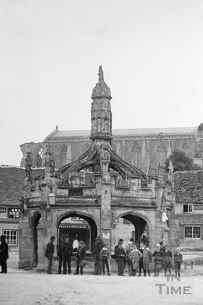 The Market Cross, Malmesbury c.1910 - detail