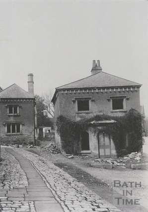 Derelict houses at the start of How Hill, Twerton c.1903