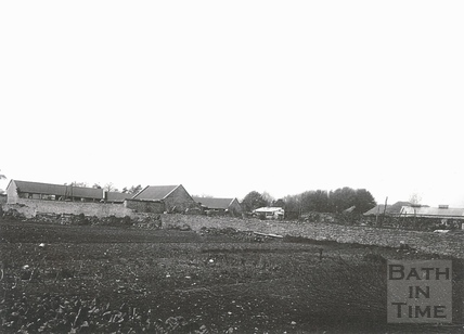 View of farm (Tanner's Buildings, Newton Road?) in Twerton c.1903