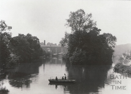 The ferry at Twerton, with the mill in the background and Avon navigation to the right c.1903