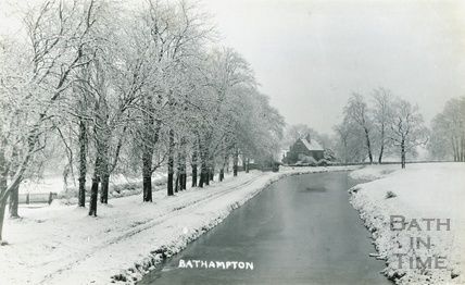 A snowy Kennet and Avon Canal, Bathampton c.1920