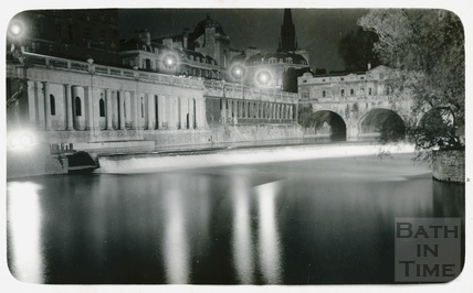 Pulteney Bridge and Grand Parade, Bath c.1930s