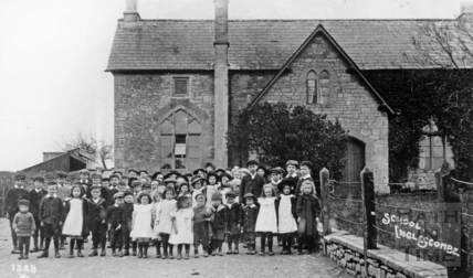 Englishcombe School with children outside c.1910