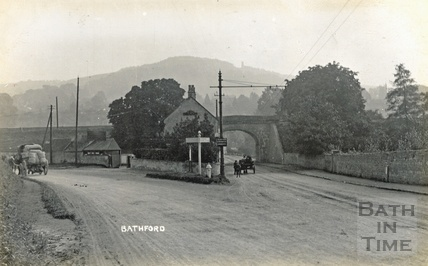 Road to Bathford, by Bridge Farm tea house c.1908