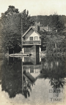 The boathouse, reflected in the River Avon, posted 1921