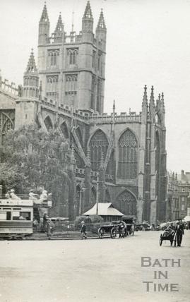 A busy Orange Grove, Bath c.1910