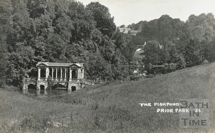 The Fishponds, Prior Park No 22. And Palladian Bridge c.1910