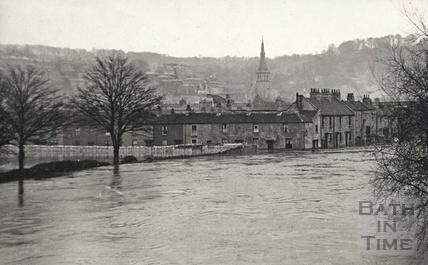 The River Avon in flood, c.1910