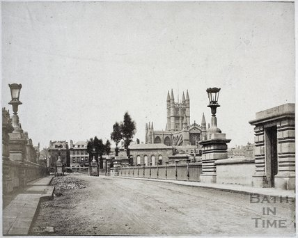 North Parade Bridge with toll gate, Bath c.1850