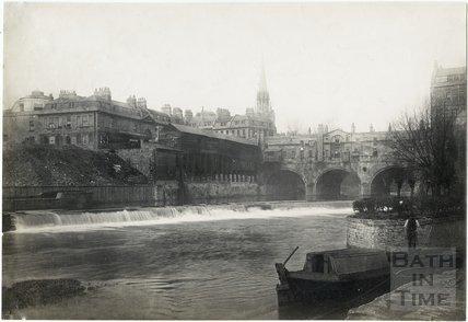 Pulteney Bridge and Weir with fish market, Bath c.1890