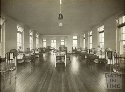 Interior of a ward, Royal United Hospital, Bath c.1930