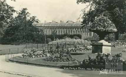 Victoria Park and Royal Crescent, Bath c.1930