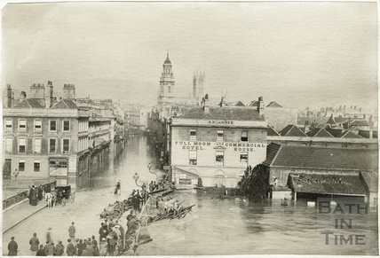 Floods, Old Bridge and Full Moon Hotel, Bath 1882
