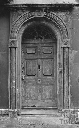 Padlocked doorway, New King Street 1972