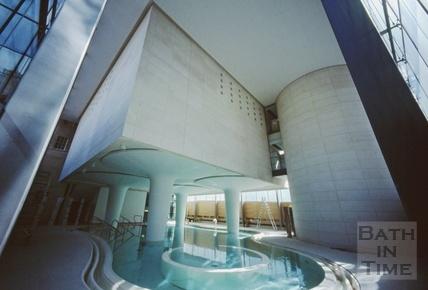 The Minerva Bath, Thermae Bath Spa, August 2003