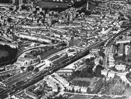 c.1930 Aerial view of Bath with Wellsway and the Great Western Railway in the foreground