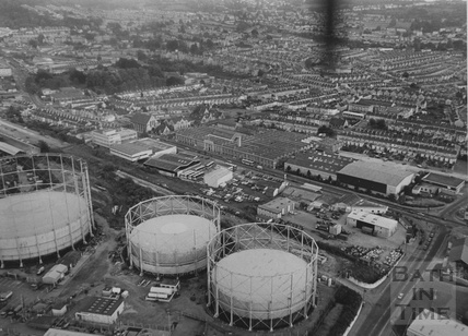 1985 Aerial View of the Bath Western Riverside site looking south to Oldfield Park July