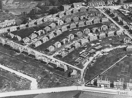 c.1930 The Sutton Trust housing estate in Brislington, Bristol under construction
