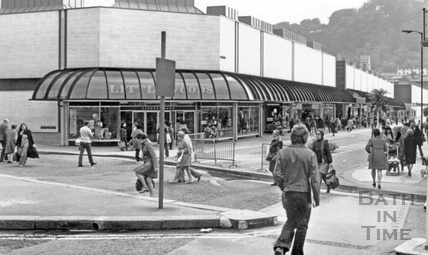 The northern corner of the Southgate Shopping Centre, 28 October 1974