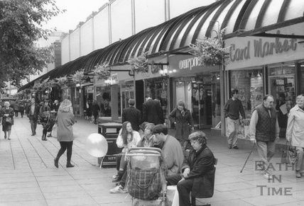 The Mall, Southgate Centre, 1 October 1994