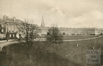The Royal Crescent, Bath with the spire of St Andrews church in the background c.1910