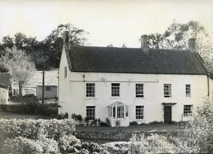 The old Swan Inn at Dunkerton c.1950s