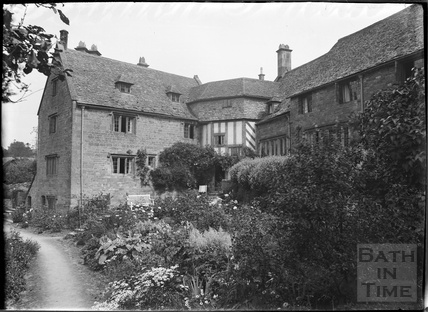 A Cotswold house and garden in Snowshill, near Broadway, Gloucestershire, c.1930s