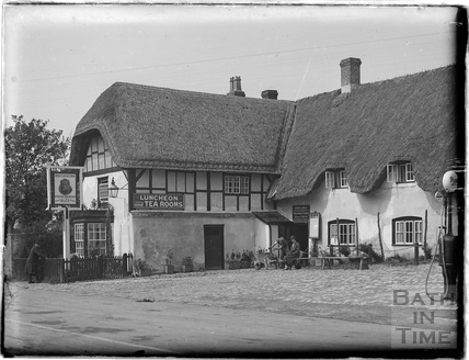 The Red Lion Inn, Avebury, Wiltshire, 1926