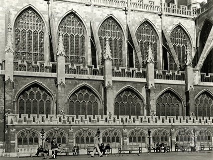 The south side of Bath Abbey from Kingston Parade, c.1960?