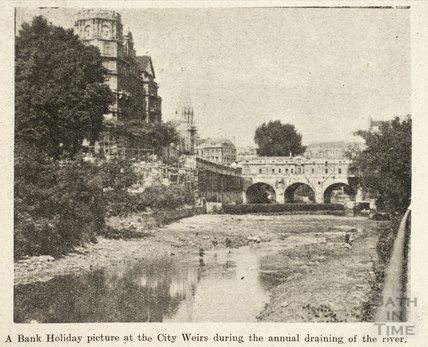 The weir at Pulteney Bridge during the annual draining of the river August 1933