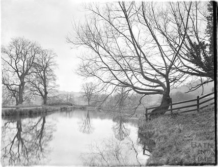 The Kennet and Avon Canal near Dry Arch, Bathampton c.1910