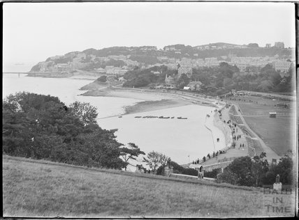 View of Clevedon and pier, North Somerset c.1930s