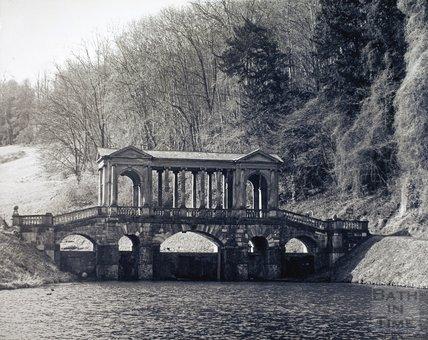 The Palladian Bridge, Prior Park, pre 1973