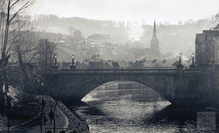 North Parade Bridge on a November morning, 1980