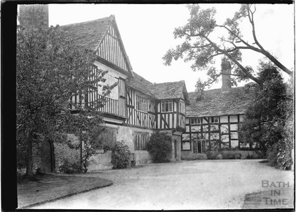 Unidentified timber framed house, Iron Acton? Arch?, 1937