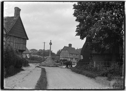 Memorial, timber framed house and cart with horse, thought to be Wantage, Oxfordshire, c.1930s