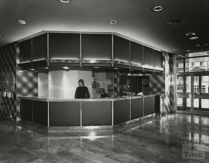 The reception area, Beaufort Hotel, Walcot Street, c.1973