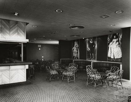 The bar area, Beaufort Hotel, Walcot Street, c.1973