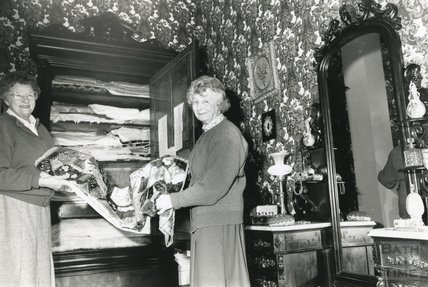 Shiela Betterton and a colleague with quilts at the American Museum in Britain, Bath 3 February 1992