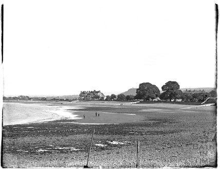 The beach at Minehead, 1931