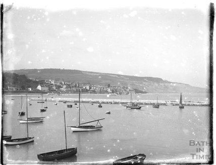 View of Lyme Regis from The Cobb, 1929