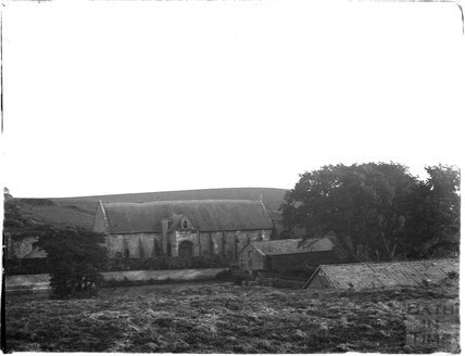 Abbotsbury Tithe barn behind Chesil Beach, Dorset, 1924