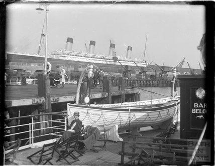 Quayside, Weymouth, Dorset, 1924