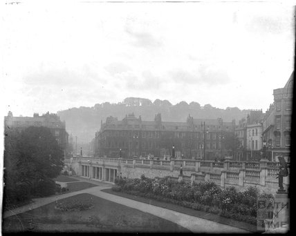 North Parade, Bath, looking over Institution Gardens, c.1930s